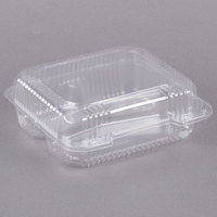 Dart Solo C51UT3 StayLock 8 1/4 inch x 7 3/4 inch x 3 inch Clear Hinged Plastic Medium 3-Compartment Container - 125/Pack