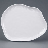 Elite Global Solutions D119 Freeform 10 inch x 11 inch White Irregular Edge Melamine Plate