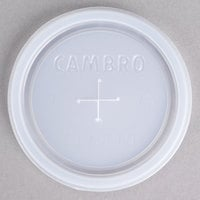 Cambro CLNT10 Disposable Translucent Lid with Straw Slot for Cambro 950CW Camwear 9.6 oz. and Cambro NT10 Newport 10 oz. Tumblers - 1000 / Case