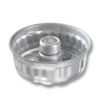 Chicago Metallic 47645 7 1/2 inch Glazed Aluminum Sand Torte Cake Pan