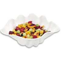 1 Qt. White Shell Shaped Plastic Bowl 11 inch x 7 1/2 inch x 4 1/2 inch